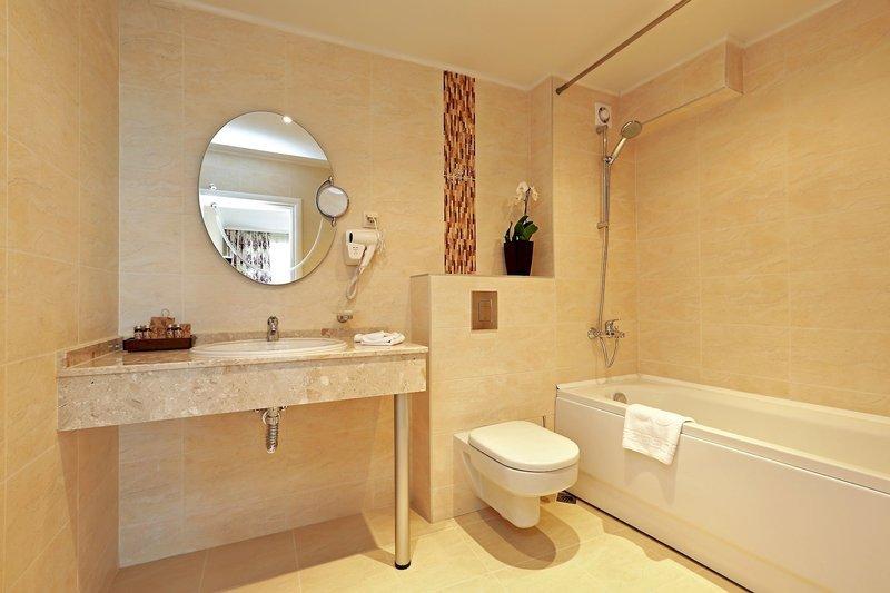 White Rock Castle Suite in Baltschik, Riviera Nord (Goldstrand) BD