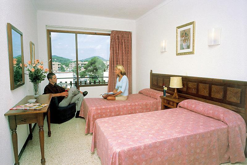 Hostal Alfonso in Cala Ratjada, Mallorca W
