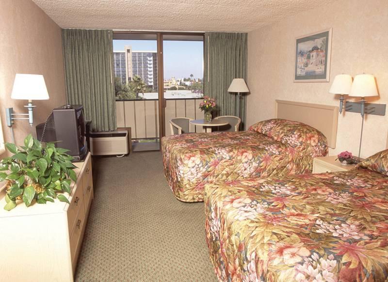Clarion Hotel Anaheim Resort in Anaheim, Kalifornien W