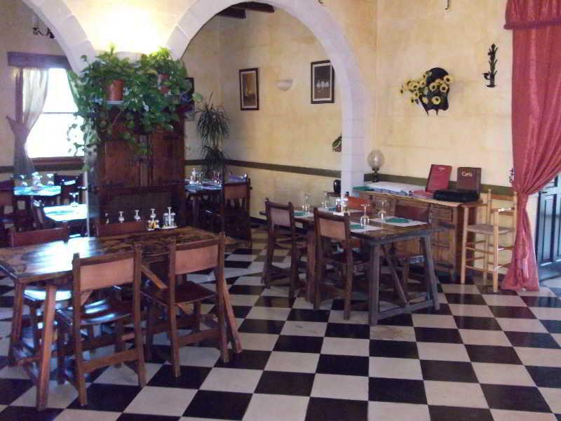 Castillo Sancho Panza in Cala'n Porter, Menorca R