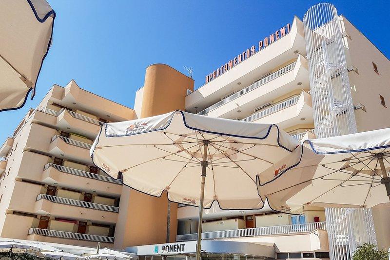 Ponent Apartamentos in Paguera, Mallorca A