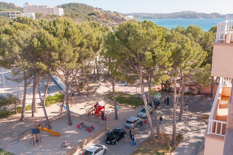 Ponent Apartamentos in Paguera, Mallorca S