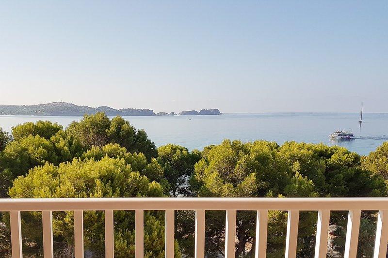Ponent Apartamentos in Paguera, Mallorca LS