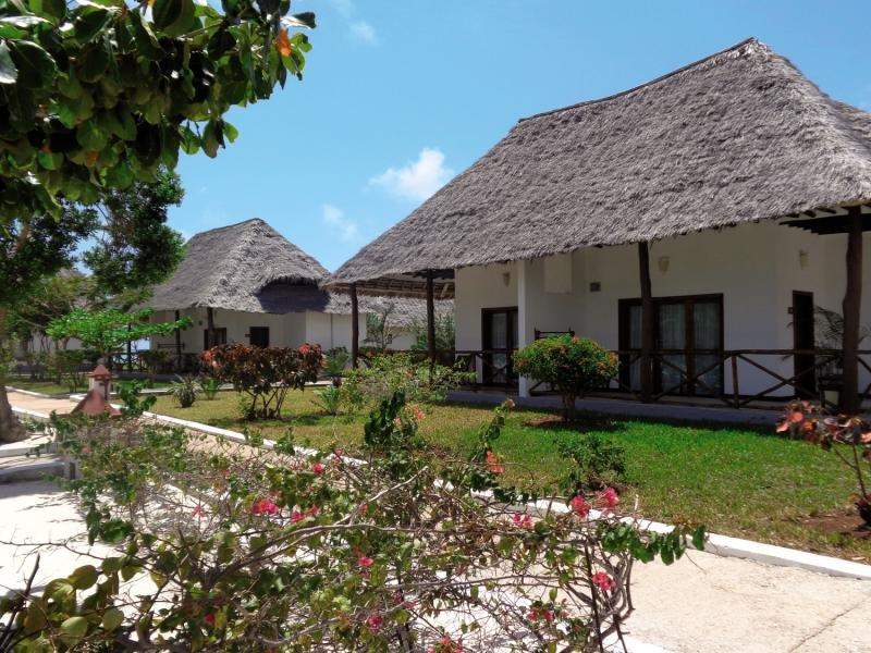 Reef & Beach Resort in Makunduchi, Tansania - Insel Zanzibar A