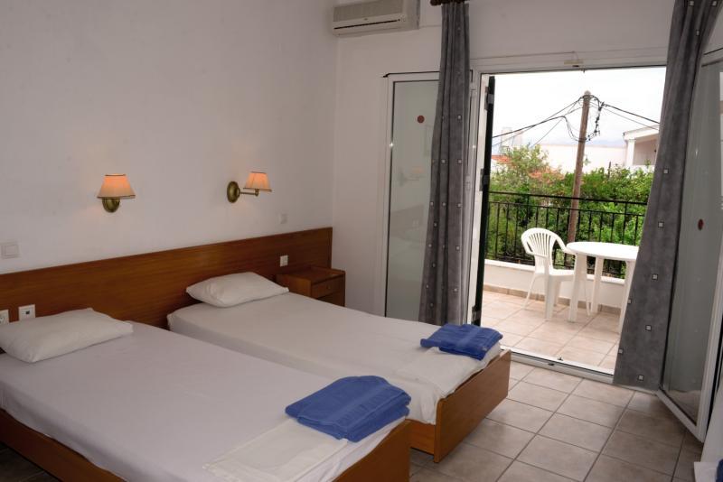 Chandris Apartments in Kávos, Korfu W