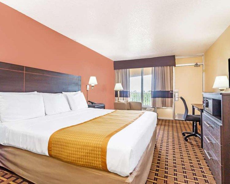 Days Inn Fort Lauderdale Oakland Park in Fort Lauderdale, Florida - Ostküste W