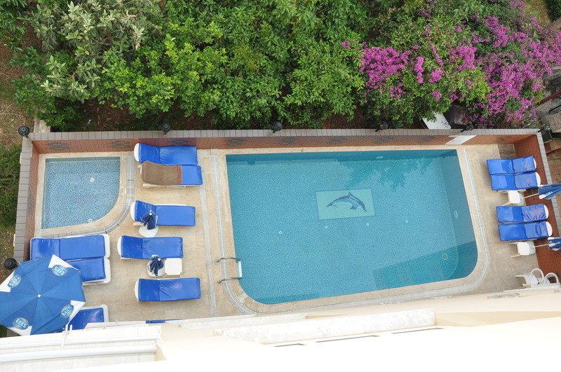 Özcan Hotel in Kleopatra Beach, Türkische Riviera P