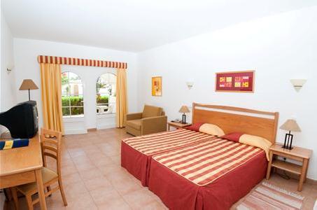 Luz Bay Club Beach & Sun Hotel in Luz, Algarve W