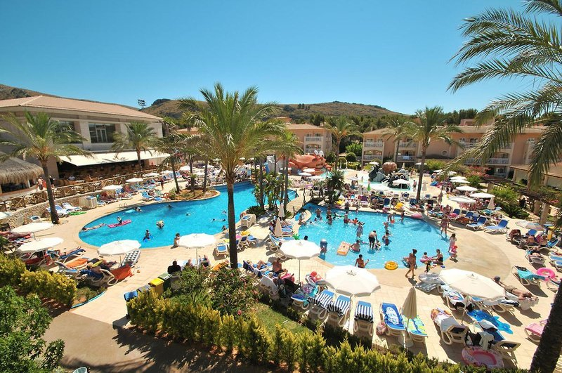 PlayaMar Hotel & Apartments in S'Illot, Mallorca A