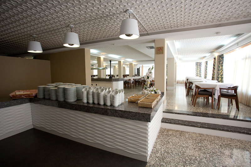 PlayaMar Hotel & Apartments in S'Illot, Mallorca R