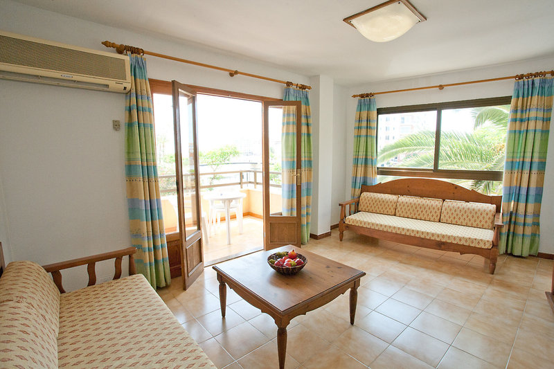 PlayaMar Hotel & Apartments in S'Illot, Mallorca