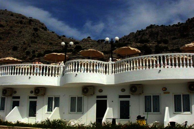 Coralli Apartments in Pefki, Rhodos
