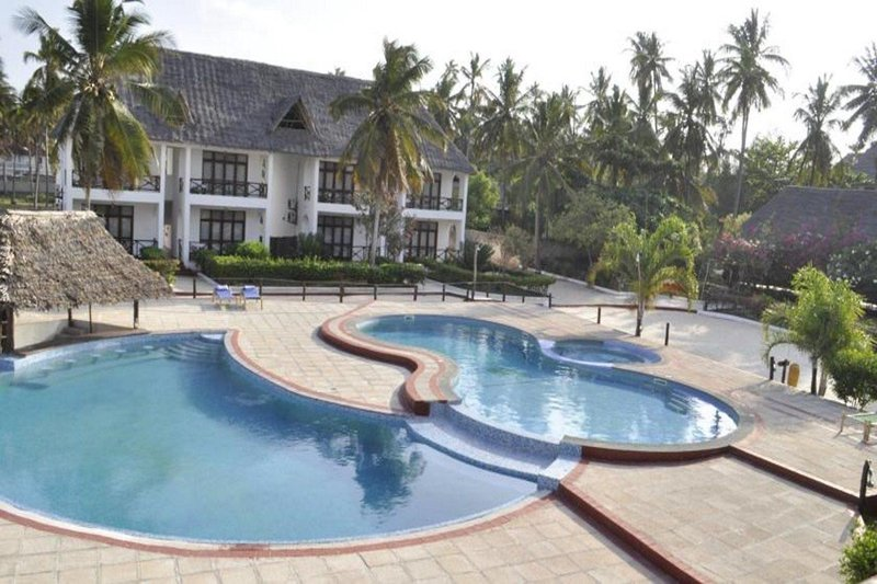 African Sun Sea Beach Resort & Spa in Bwejuu, Tansania - Insel Zanzibar