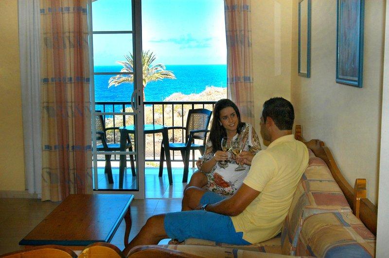 Hotel Las Olas in Playa de Los Cancajos, La Palma W