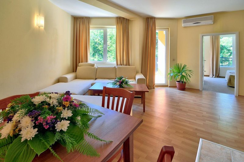 Paradise Green Park Hotel & Apartments in Goldstrand, Riviera Nord (Goldstrand) W
