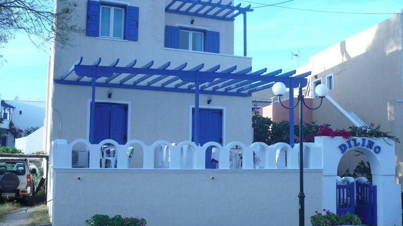 Dilino Hotel in Kamari, Santorin