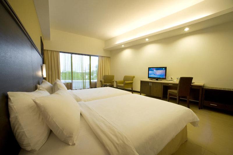 Flamingo Hotel by the Beach in Insel Penang, Malaysia - Pulau Penang