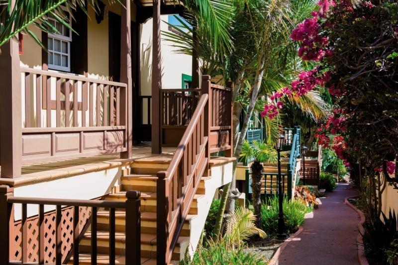 Apartamentos Oasis San Antonio in Playa de Los Cancajos, La Palma TE