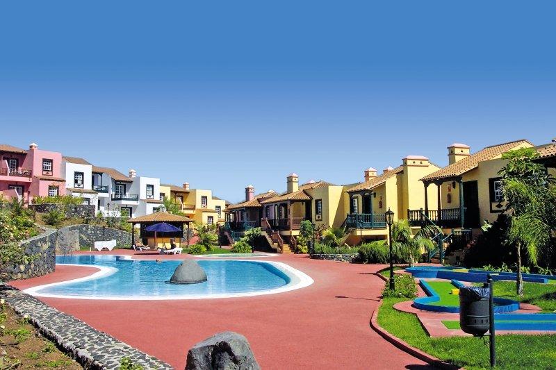 Apartamentos Oasis San Antonio in Playa de Los Cancajos, La Palma A