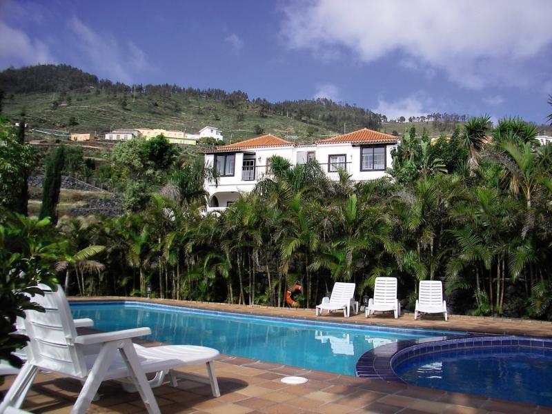 Villa Colon Apartamentos in Los Quemados, La Palma