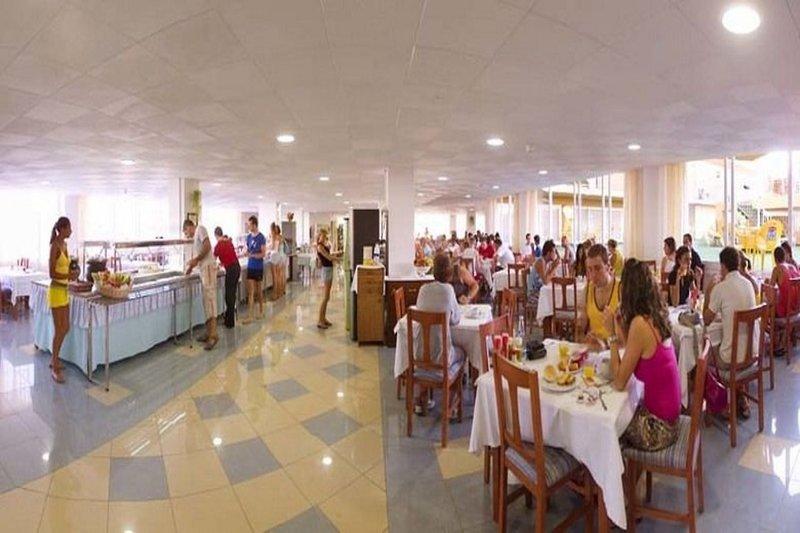 Hotel Piscis in Sant Antoni de Portmany, Ibiza R