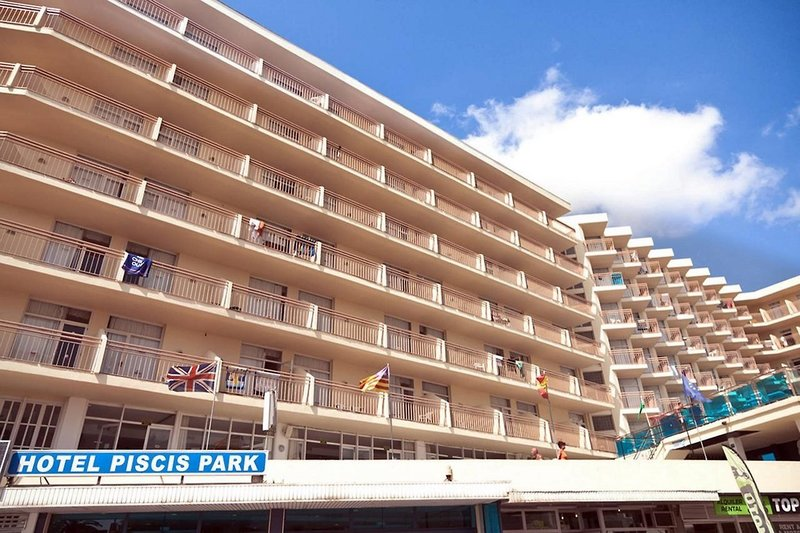 Hotel Piscis in Sant Antoni de Portmany, Ibiza A