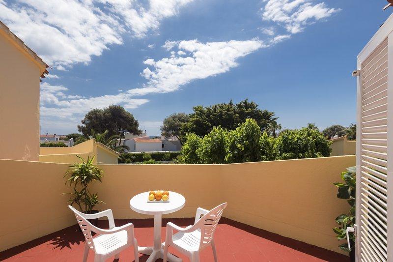 Marinda Garden in Cala'n Bosch, Menorca W