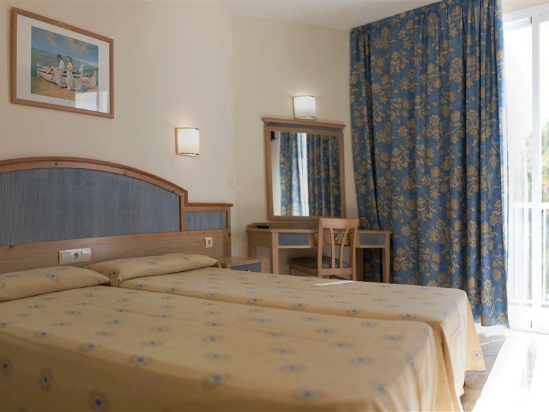 azuLine Hotel Mar Amantis in Sant Antoni de Portmany, Ibiza W