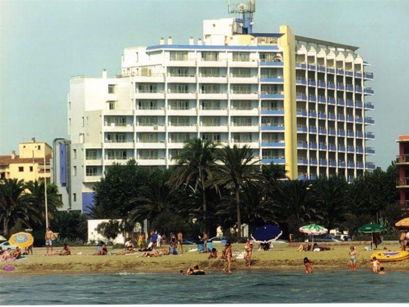 Aparthotel Xon's Platja in Empuriabrava, Costa Brava A