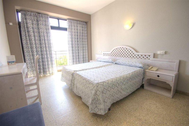 AzuLine Llevant Hotel in Sant Antoni de Portmany, Ibiza W