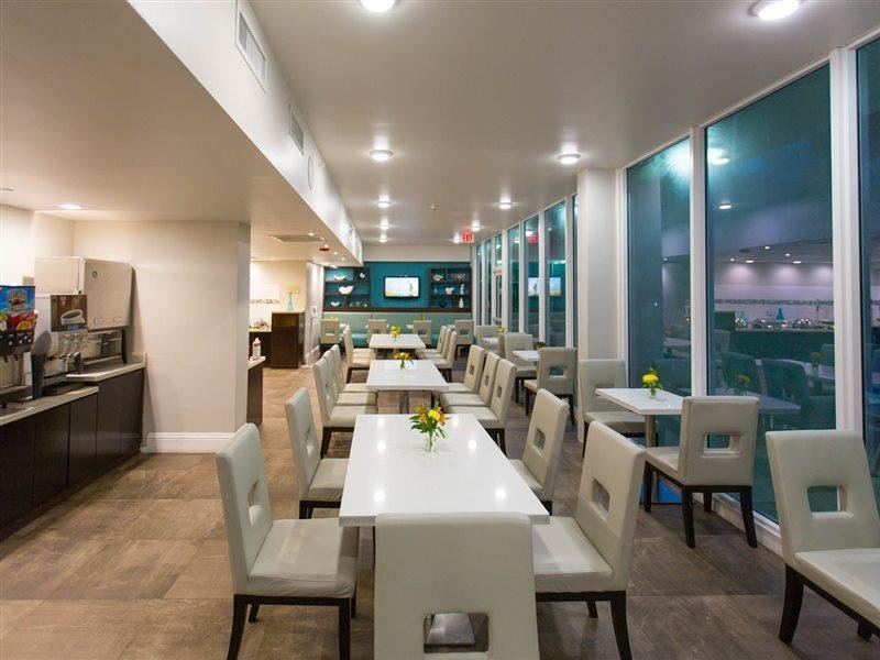 Best Western Plus Oceanside Inn in Fort Lauderdale, Florida - Ostküste R