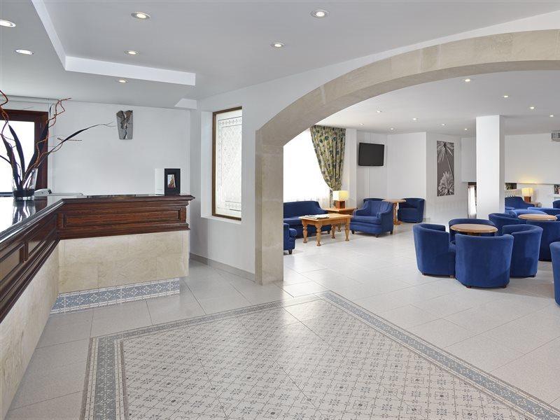 Sol Cala d'Or Apartamentos in Cala d'Or, Mallorca L
