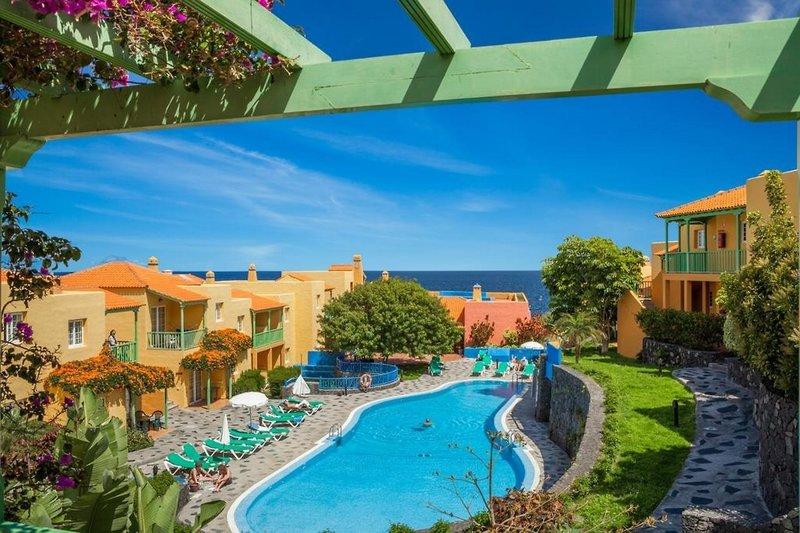 La Caleta Apartamentos in Playa de Los Cancajos, La Palma W