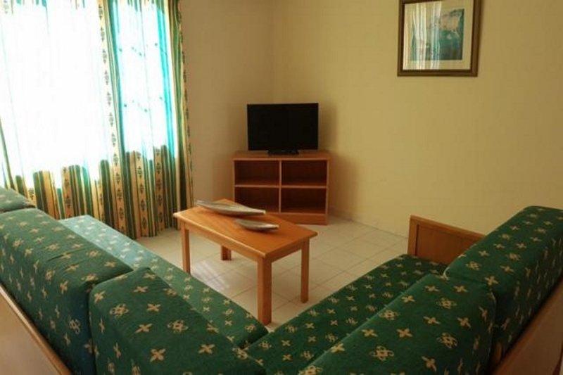 Palmeras Garden Hotel in Playa Blanca, Lanzarote W
