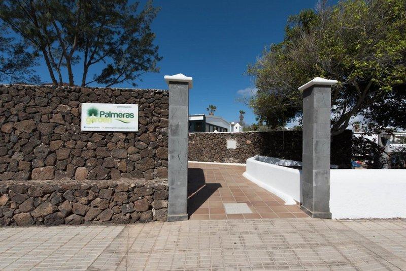 Palmeras Garden Hotel in Playa Blanca, Lanzarote TE