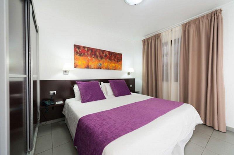 eó Suite Hotel Jardín Dorado in Campo International, Gran Canaria W