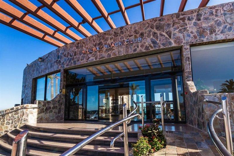 BlueBay Beach Club in San Agustín, Gran Canaria F