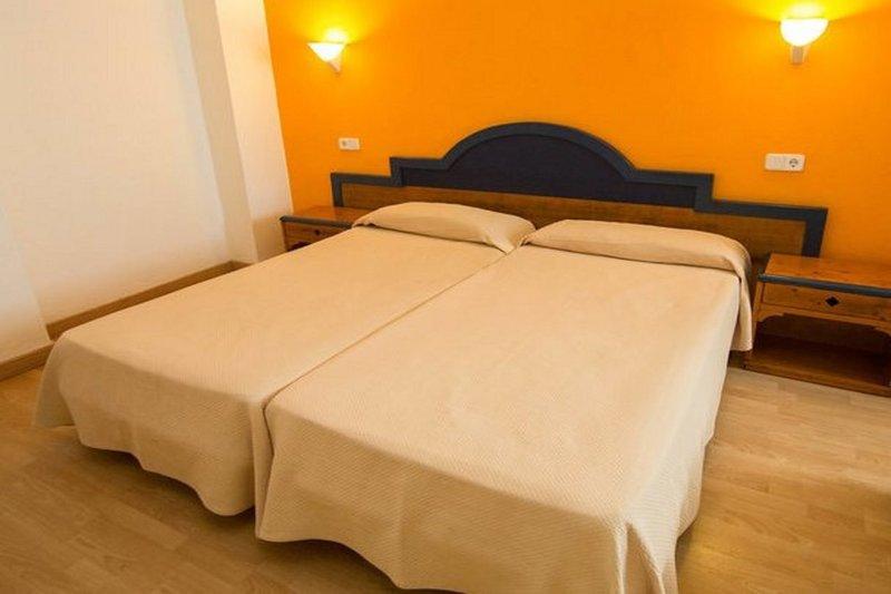 Hostal Florencio in Sant Antoni de Portmany, Ibiza W