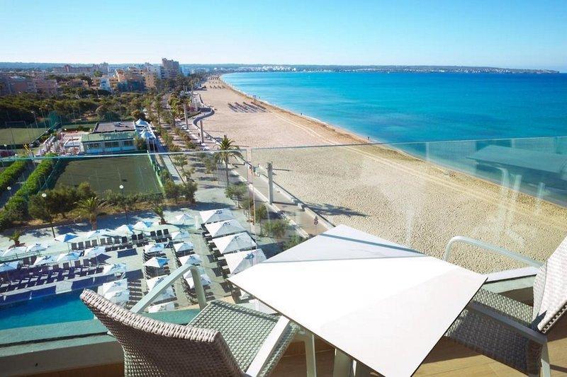 Aparthotel Fontanellas Playa in Playa de Palma, Mallorca S