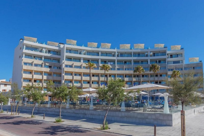 Aparthotel Fontanellas Playa in Playa de Palma, Mallorca A