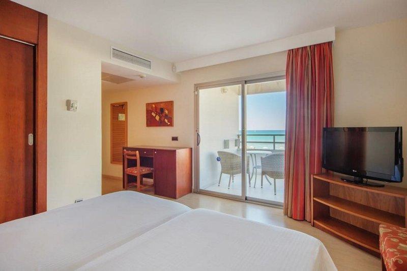 Aparthotel Fontanellas Playa in Playa de Palma, Mallorca