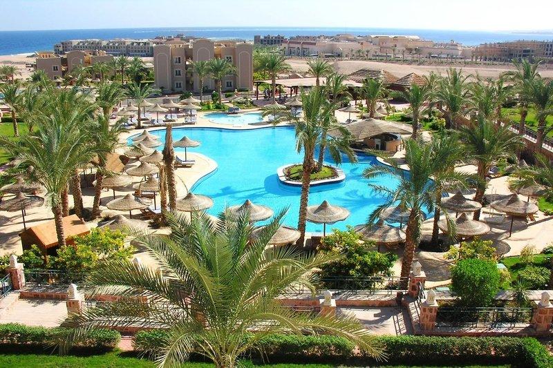 Pyramisa Sunset Pearl Hotel & Apartments in Sahl Hasheesh, Rotes Meer P