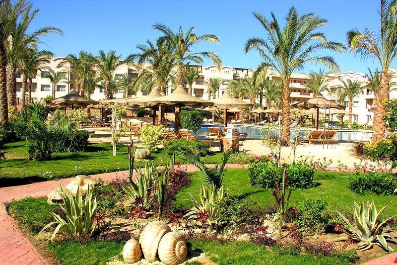Pyramisa Sunset Pearl Hotel & Apartments in Sahl Hasheesh, Rotes Meer GA