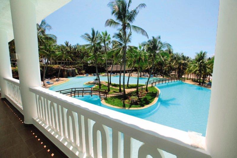 Emrald Flamingo Beach Resort & Spa in Shanzu Beach, Kenia - Küste P