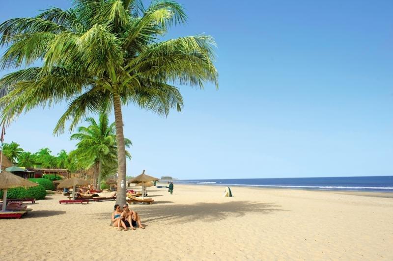 Kombo Beach in Kotu, Gambia S