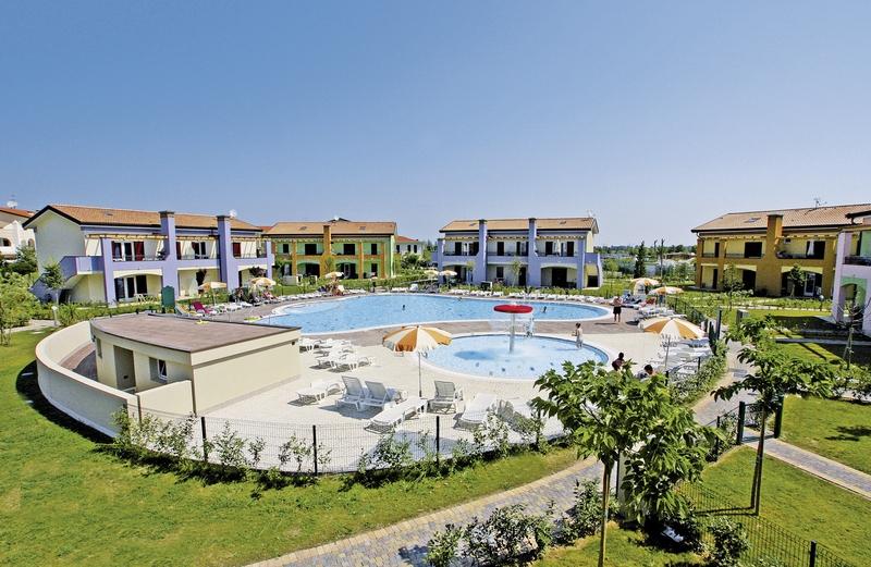 Villaggio Le Ginestre in Lido Altanea, Italienische Adria P