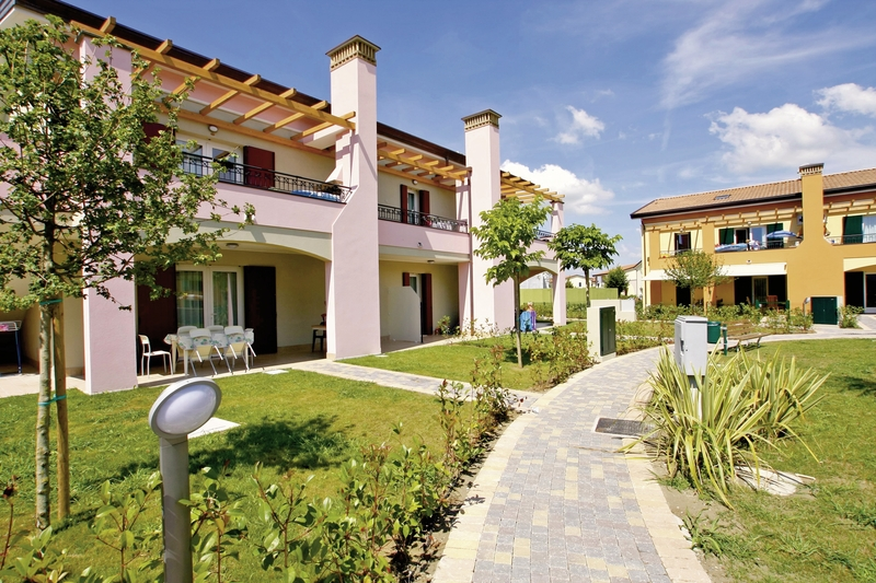 Villaggio Le Ginestre in Lido Altanea, Italienische Adria A
