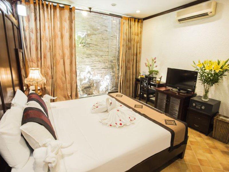 Aquarius Hotel in Hanoi, Vietnam W