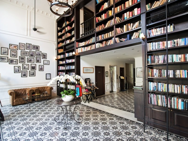The Alcove Library in Ho-Chi-Minh-Stadt, Vietnam A