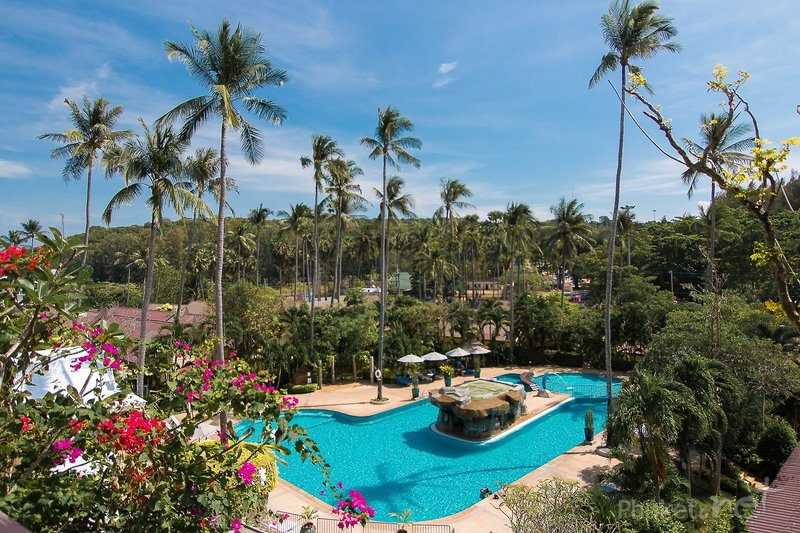 all seasons Naiharn Phuket in Nai Harn Beach, Phuket P